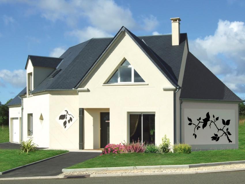 Construction maison neuve traditionnelle saint saturnin de for Maison en triangle