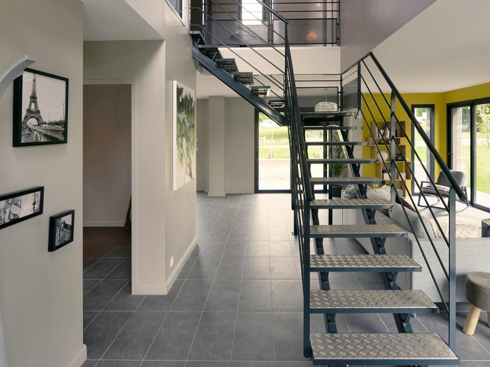 Construction maison individuelle contemporaine orane de 172 m2 for Prix m2 construction maison rt 2012
