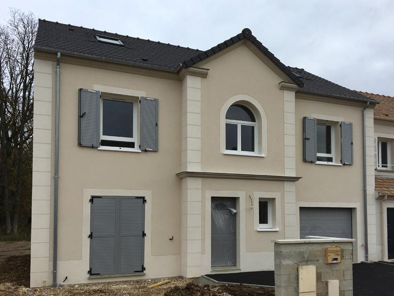 Interieur Etage Maison Combles Amenages Constructeur Maison Laon J ...