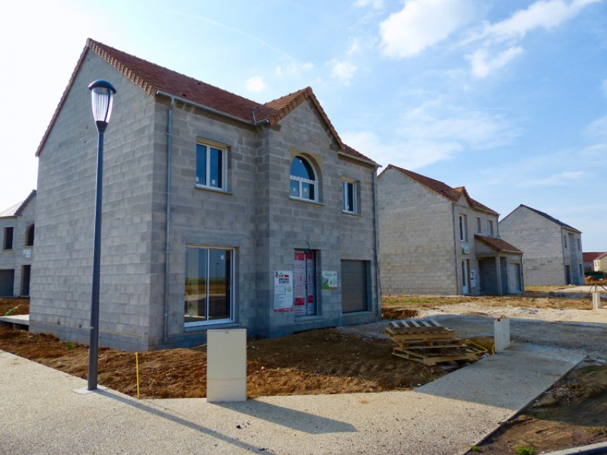Photos maisons neuves individuelles photo chantier de for Assurance chantier construction maison